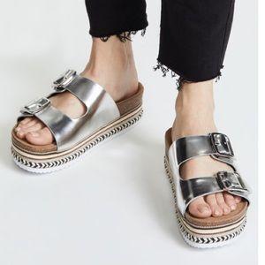 3ec1fb494cd3 NWT Sam Edelman Oakley Silver Platform Sandals 8